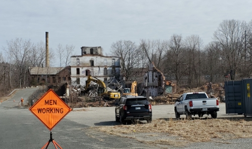 Cleanup begins at former Railroad Salvage Property- 11 Power Street